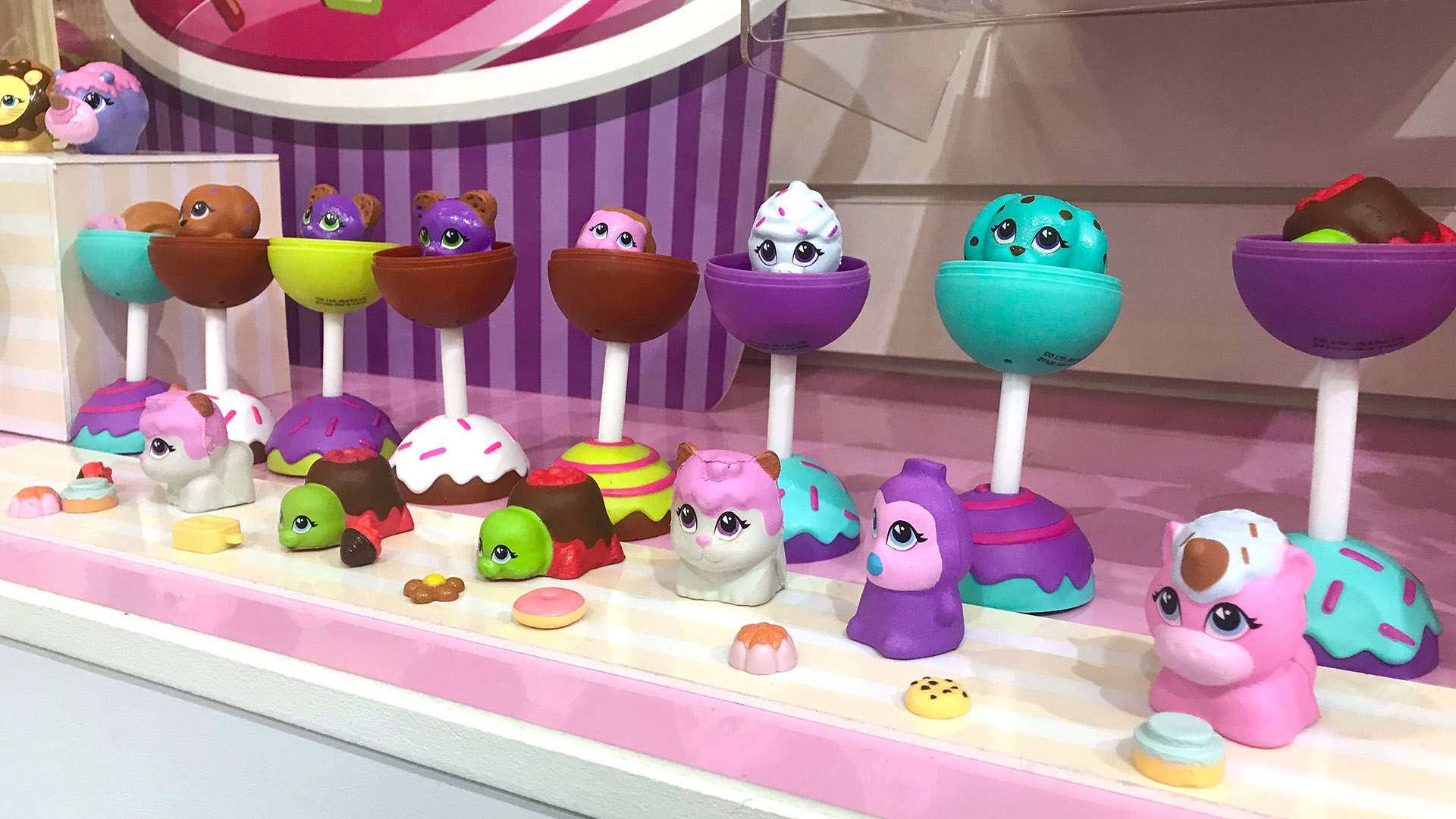 Cake Pop Cuties at Toyfair